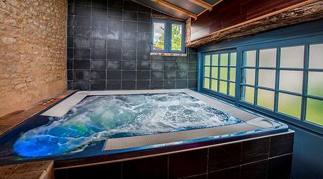 spa privé la rochelle; spa privé vendée; heure de spa privé offerte; espace détente privatif vendée;