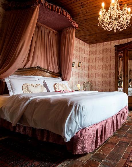 chambre romantique la rochelle; chambre romantique vendée; spa privé la rochelle; spa privé vendée;