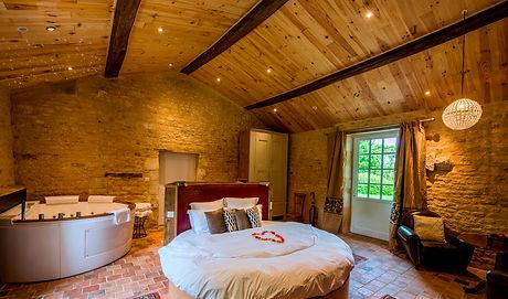 suites avec jacuzzi privatif vendée; suites avec jacuzzi privatif la rochelle; chambre avec jacuzzi