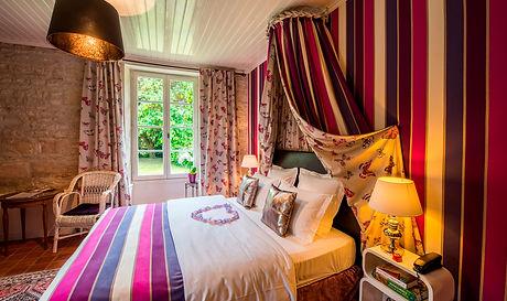 castel romantique la rochelle; chateau avec chambre romantique vendée; chambre romantique la rochell