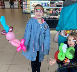 facepainting balloons Pakenham
