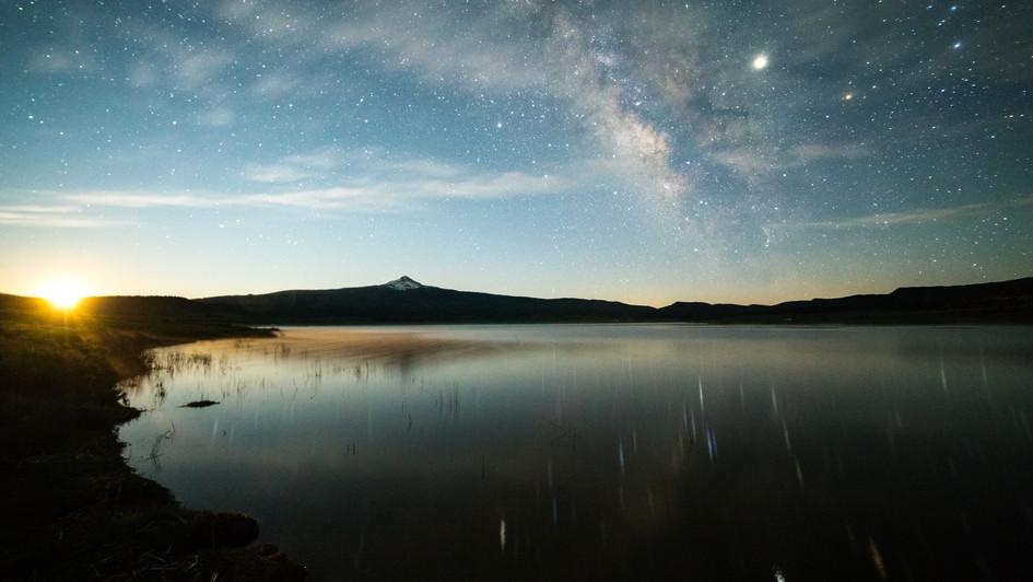 moonrise miramonte-00001.jpg