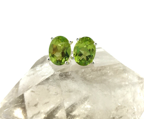 house of stone stud fine jewelry style x husar oval white gold s diamonds earrings peridot