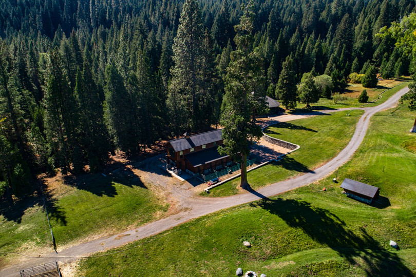 Cedars Lodge_0043.jpg
