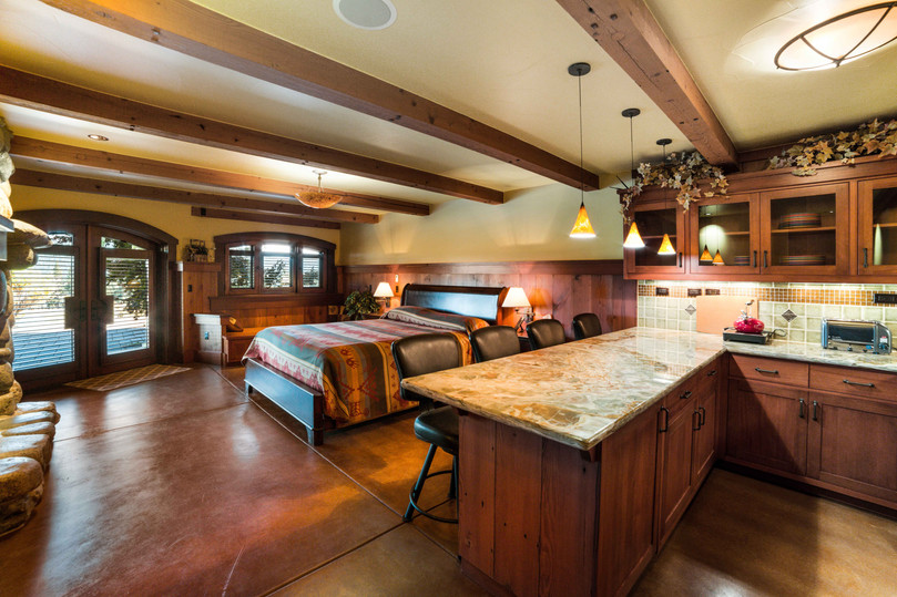 Cedars Lodge Lower Guest 1