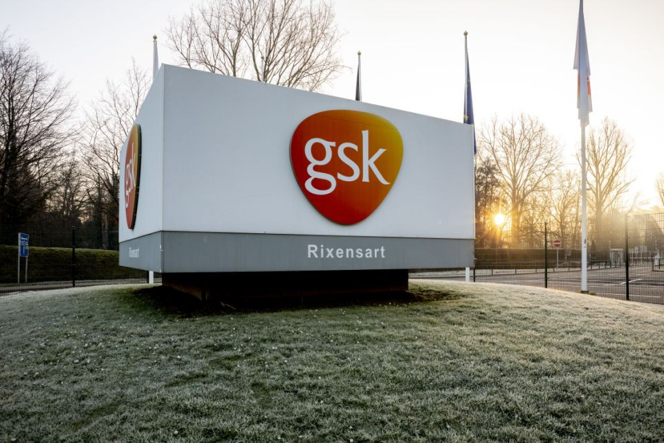 Sanofi and GSK to join forces in unprecedented vaccine collaboration to fight COVID-19