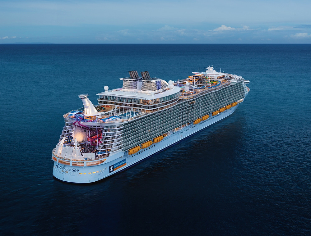 Discover the hidden gems of the Caribbean with Royal Caribbean's Oasis class