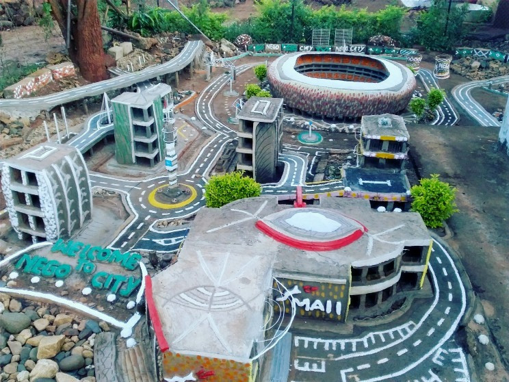Man Spends 12 Years Building Johannesburg in His Backyard