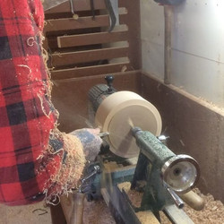 Work in progress video from the Kave #woodturning #woodlathe #woodturner #woodworking #woodwork #woo