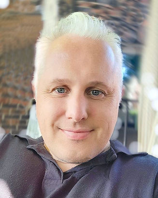 Gavin 2.jpg