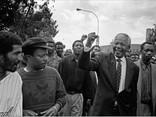 ÖZGÜR SAVAŞÇI NELSON MANDELA