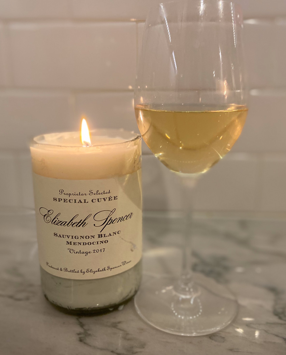 How to cut a wine bottle to make a candle at home