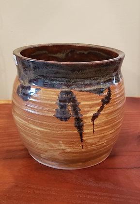 Rustic Style Pot