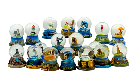Group_Waterglobe_Small Ver2.png