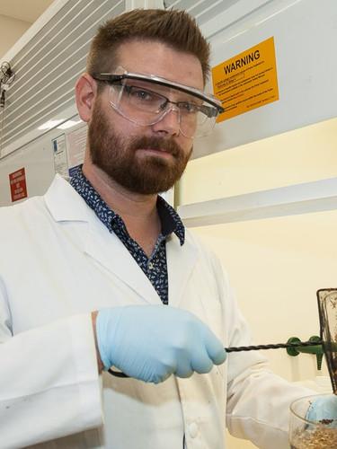 Dr Justin Chalker, Flinders University