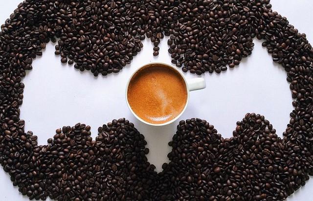 I super poteri del caffè: come agisce la caffeina sul nostro corpo
