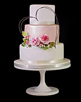 Heart Wreath Wedding Cake