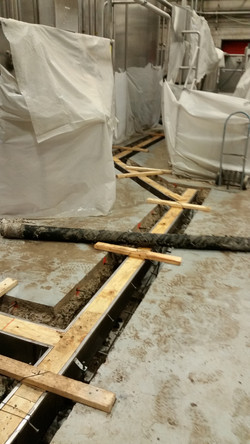 Stainless trench construction