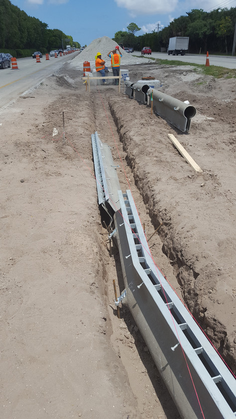 Prefabricated slot drain turns