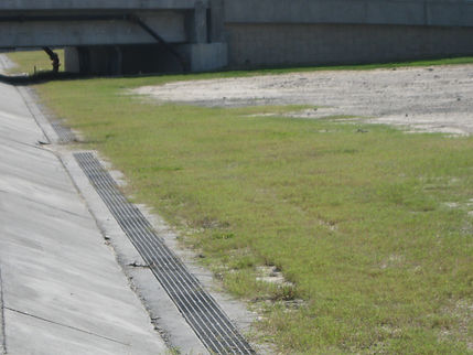 fiberglass trench drain grate at seawall
