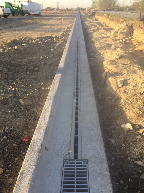Efficient slotted drain system