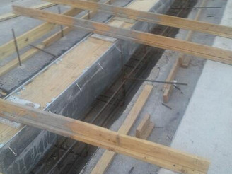Re-usable trench drain forming system