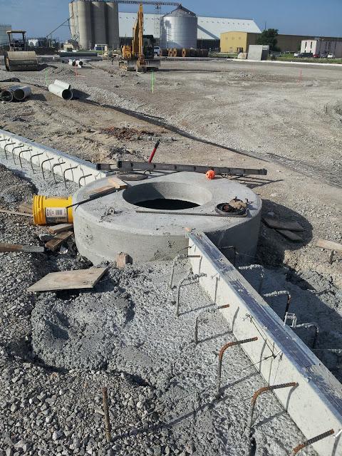 Slot drain connection