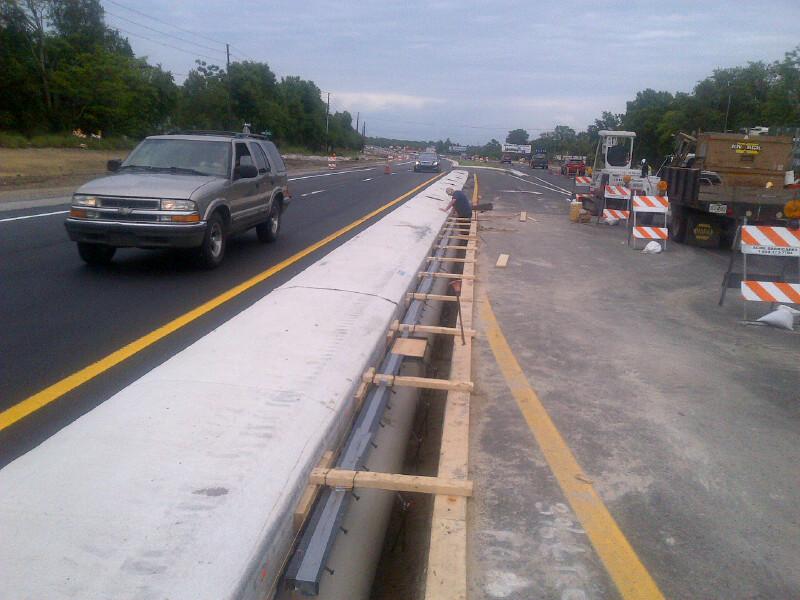 Highway slot drain