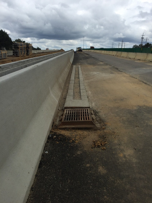 High flow trench drains