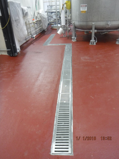 """8"""" wide stainless steel trench drain"""