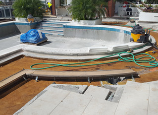 Curved pool drains