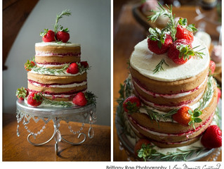 Delicious Naked Cake and Cupcakes from Local Talent