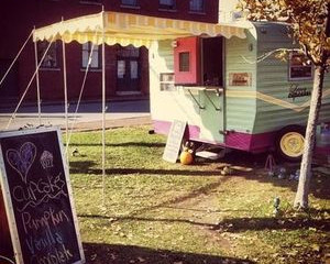 Cupcake truck in SoPo sweet music to foodies