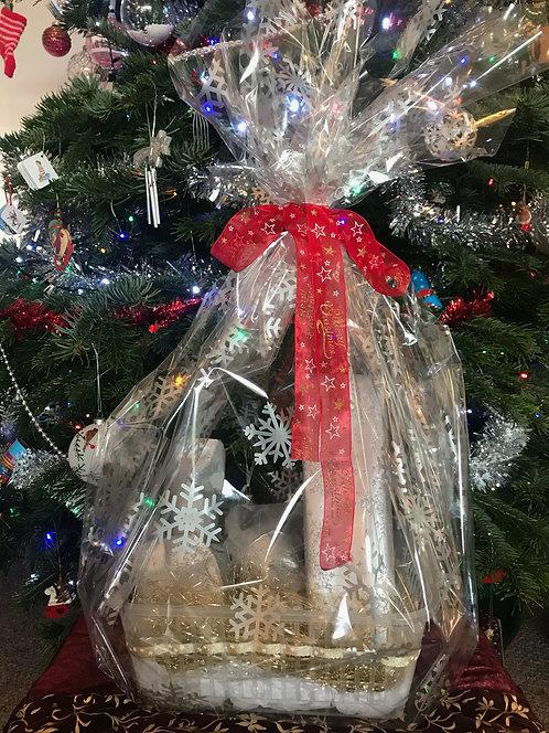 Luxury Ladies Christmas Basket