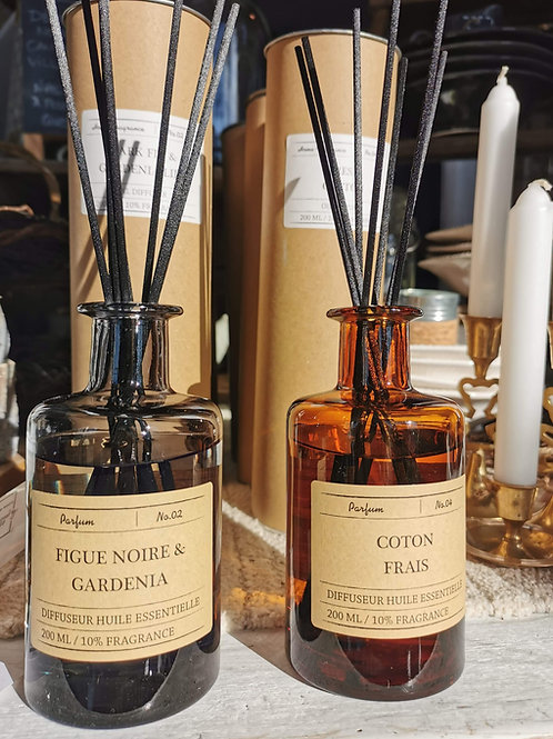 Diffuseur à bâtons aux huiles essentielles - Figue noire et gardenia
