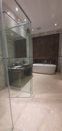 Platinum- Face- II- Bathroom
