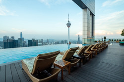 Platinum- Face- II- Infinity- Pool