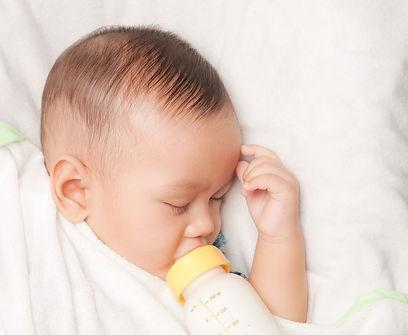 満腹で眠くなる赤ちゃん-オレキシンの睡眠作用