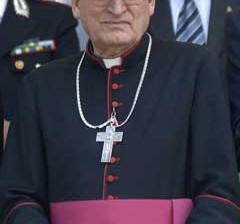 Al Vescovo Cesare Bonicelli verrà intitolato il Centro Diurno per Anziani di Piazza Allende.