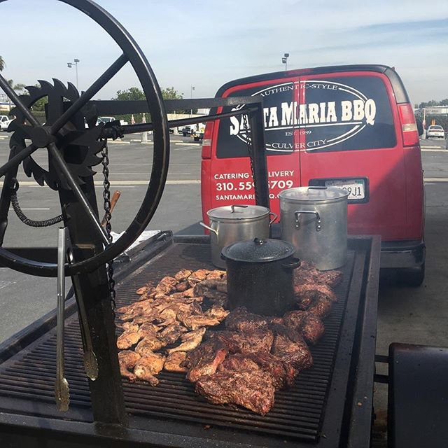 #nationalbbqday _Santa Maria Barbecue Company. Catering available 7 days a week. (310)559-5709. _www