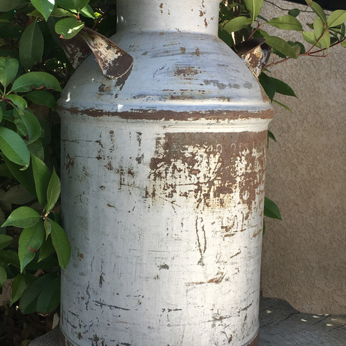 RUSTIC MILK CAN  Dress this Rustic Milk Can up with flowers andwatch it make the ceremony or reception area pop! It's such a statement piece.  Dimensions:  Qty: 1