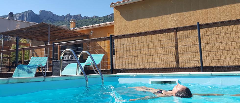 gite-etape-cathare-piscine-.jpg