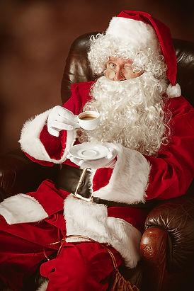 portrait-of-man-in-santa-claus-costume-w