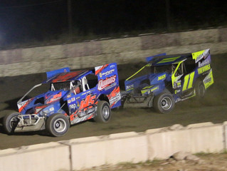 ALAN RUDALAVAGE OUTRUNS FIELD AT PENN CAN SPEEDWAY