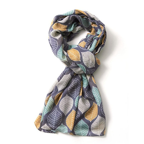 Large leaves scarf
