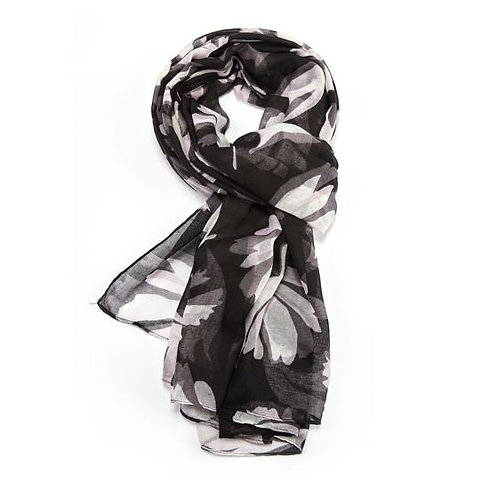 Petal Patterned Scarf in Black