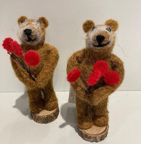 Felt Bear with red roses 15cm