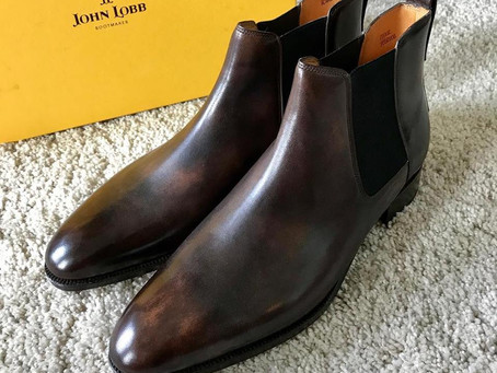 JOHN LOBB <TUDOR> の靴磨き プレメンテ