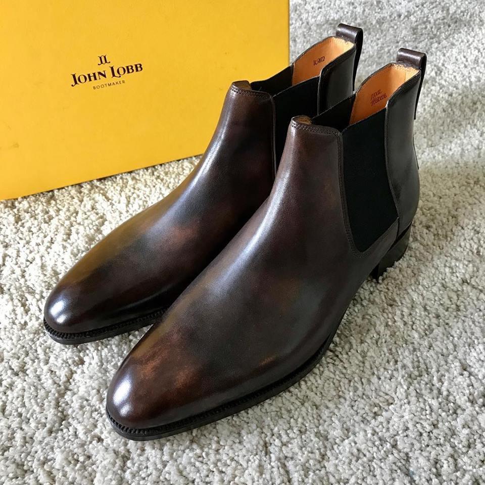 ジョンロブの集荷宅配靴磨き&クリーニング