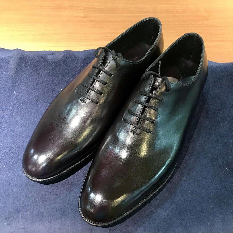 ジョンロブの宅配靴磨き&クリーニング